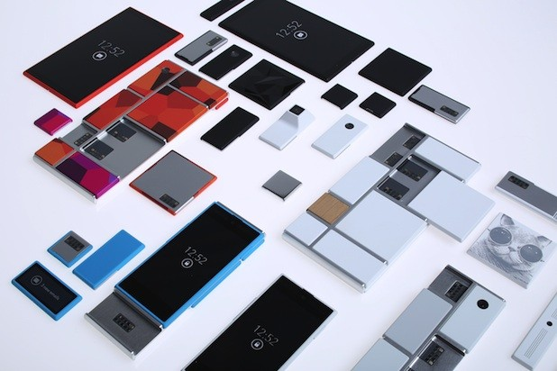Motorola's 'Project Ara' smartphone platform switches out hardware as easily as apps