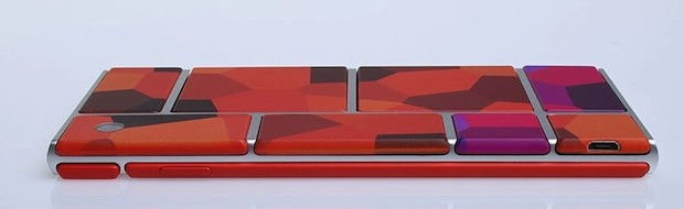 Motorola's 'Project Ara' modular smartphone setup switches out hardware like apps