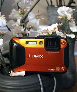 IRL Panasonic Lumix DMCTS5