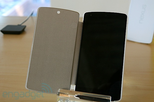 Nexus 5 bumper case and QuickCover listed as 'coming soon' on Play store