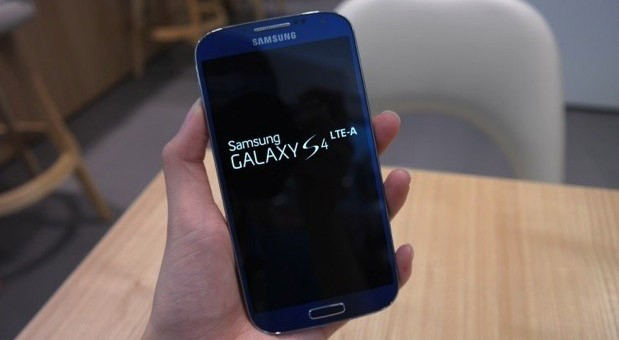 Korea's Samsung Galaxy S4 with Snapdragon 800 and LTEA treks to Europe