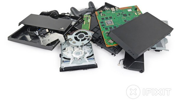 PlayStation 4 teardown voids the warranty so you don't have to