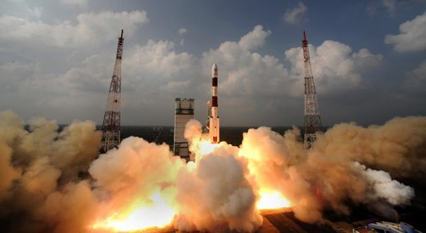 India launches its first Mars spacecraft