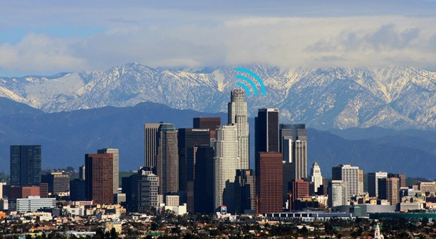 Los Angeles moves forward with proposal for free citywide broadband