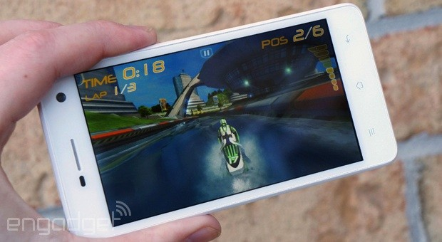 Oppo R819 review a slim smartphone with a great battery, but poor performance