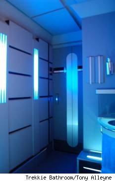 trekkie bathroom, tony alleyne