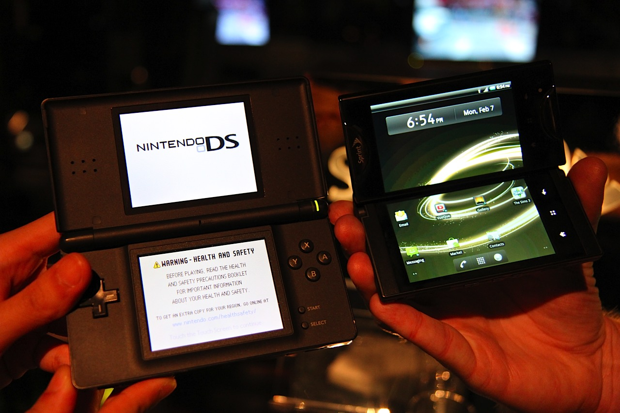 Phone Android Gaming Phone kyocera echo a dual screen android gaming phone with two launch click for full size