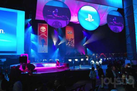 Joystiq and Engadget do it live before Sony's E3 press conference