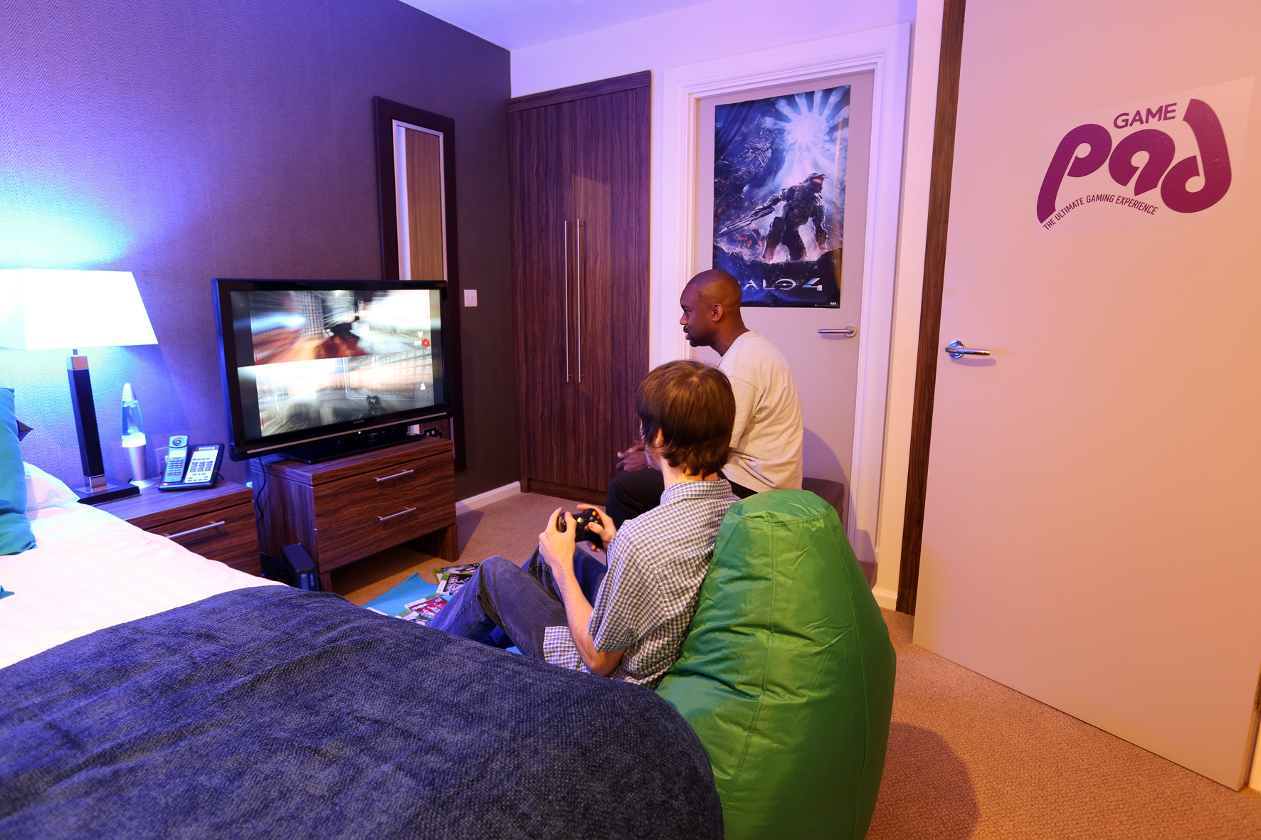 Cool Bedrooms For Gamers Viewing Gallery