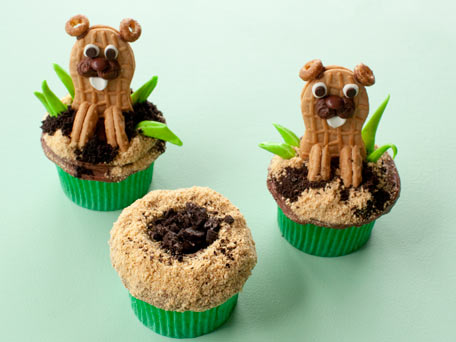 Gopher or Groundhog Cupcakes