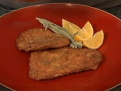 Breaded Chicken Cutlets: Milanese and Lucchese