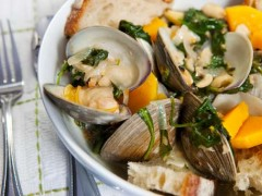 White Wine Braised Clams
