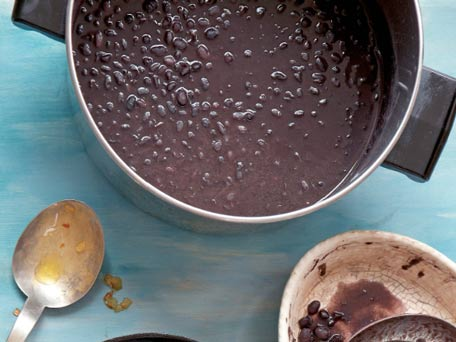 Fast mashed canned black beans