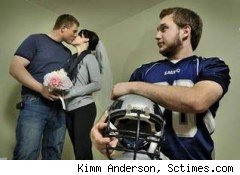 Woman reschedules wedding for brother's football game
