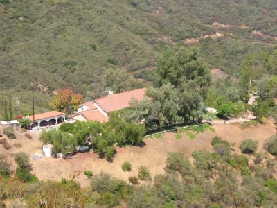 photo: house/residence of cool 45 million earning Agoura Hills, CA, USA-resident