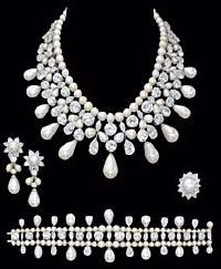 Royal House jewelry sale at Christie's pearls
