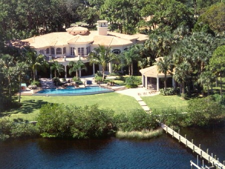 Case in point, this 12000-square-foot home in Jupiter, Florida.
