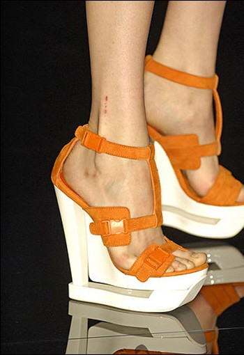Luxist :  orange sandals luxist wedge nicholas kirkwood
