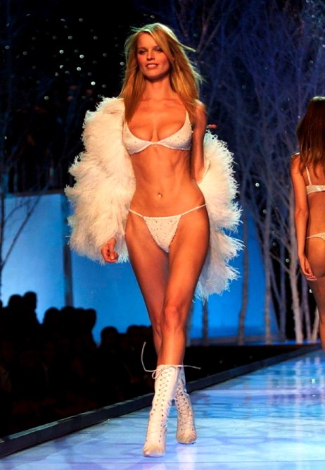 Eva in a Victoria's Secret show