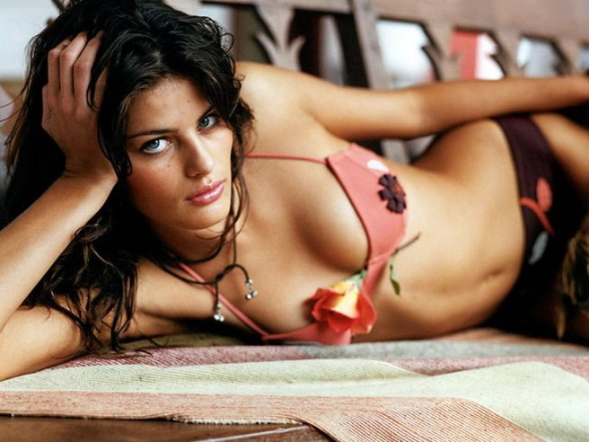 Fetching Isabeli Fontana