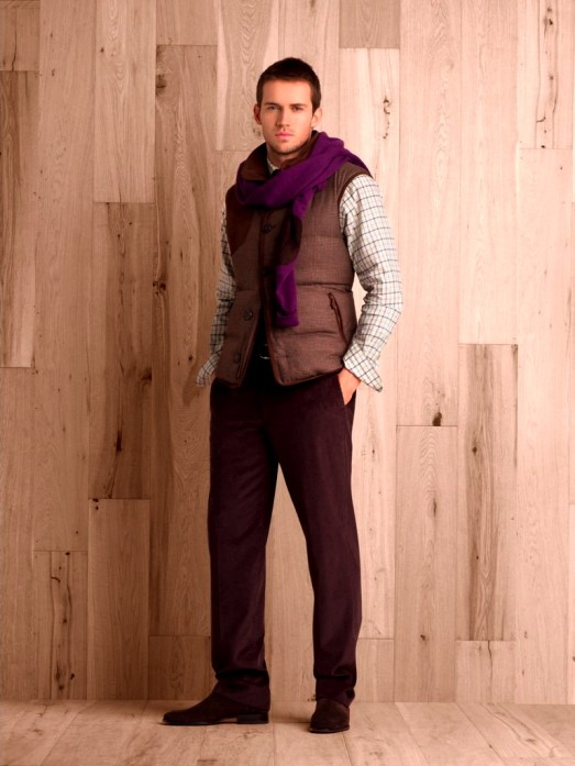 Super merino wool tweed vest.