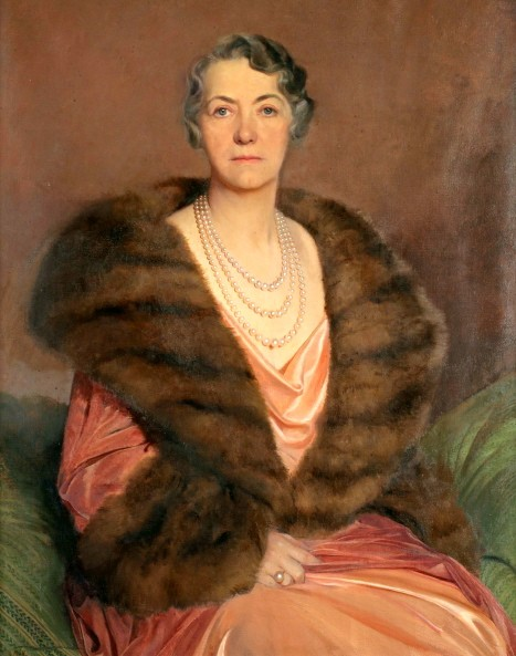 Anna T. Dodge wearing the pearls