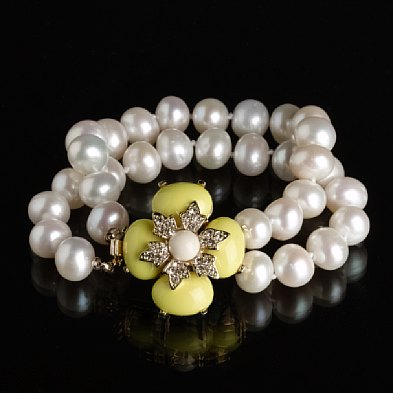 Double-strand jeweled-flower pearl bracelet
