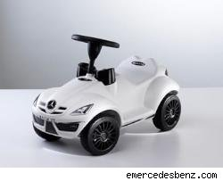 Mercedes-Benz Unveils New Gift Collection In Brilliant White For The Holidays 