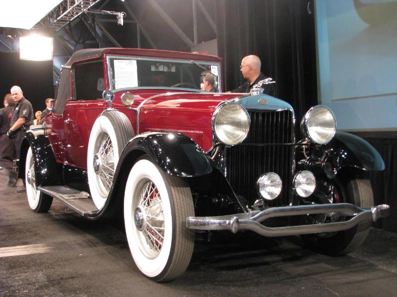 1940 Lincoln L Cabriolet - $71,000