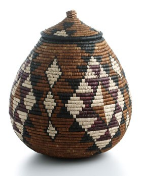 Ilala Grass Basket with Lid