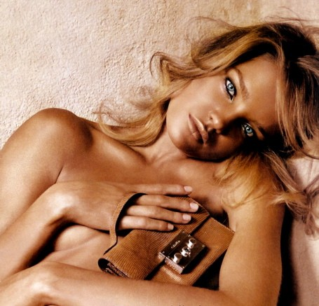 In the past we've written about sexy Russian supermodel Natalia Vodianova's ...