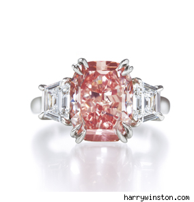 Fancy Vivid Pink Diamond Ring
