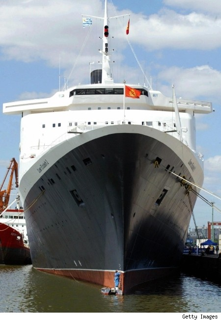 queen elizabeth 2