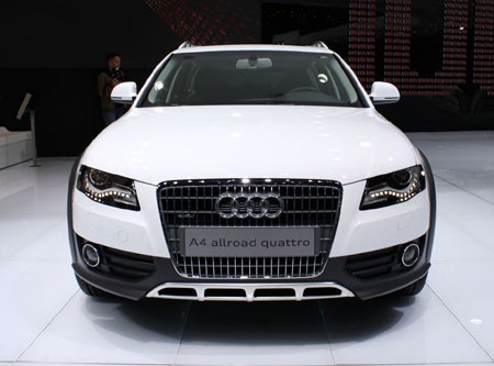 audi a6 allroad 2011. Joining the larger A6-based