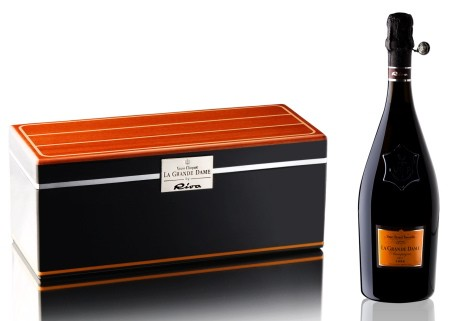 Veuve Clicquot and Riva Yachts