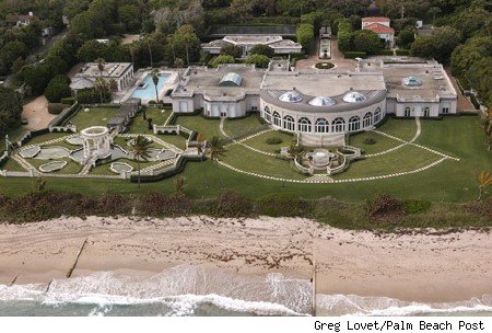 The mansion that Donald Trump sold in Palm Beach, Florida last year ...