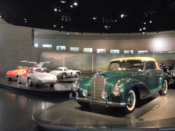 Mercedes Benz Museum: Exhibit