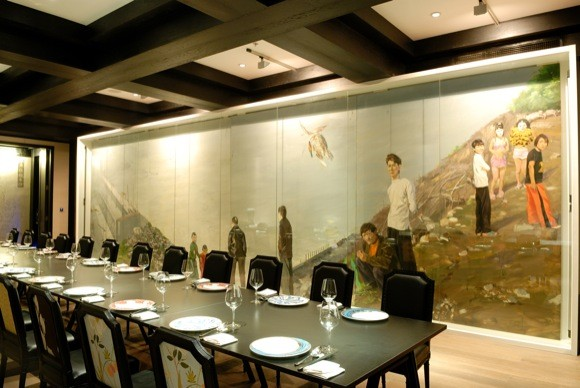 LAN Club Shanghai Banquet Room (with Migrants of the Three Gorges by Liu Xiaodong)