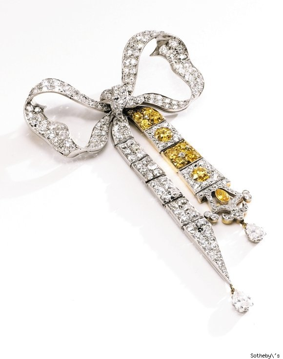Diamond Bow Brooch, circa 1900