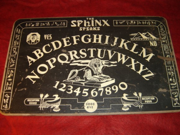 1940s SPHINX SPEAKS Ouija Talking Board for HALLOWEEN
