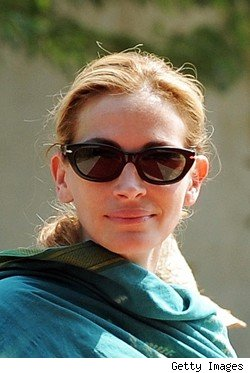 Julia Roberts in Persol