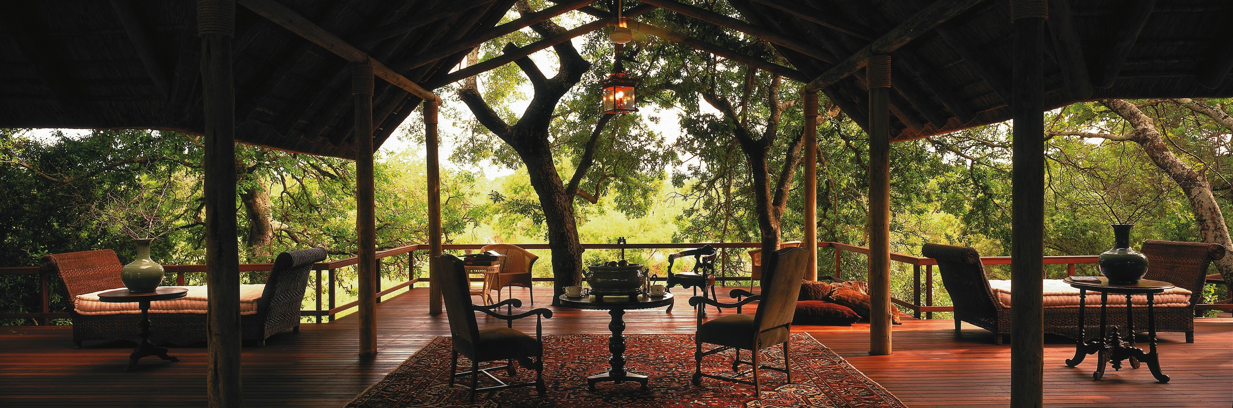 MAGNIFICENT AFRICAN SAFARI RETREAT