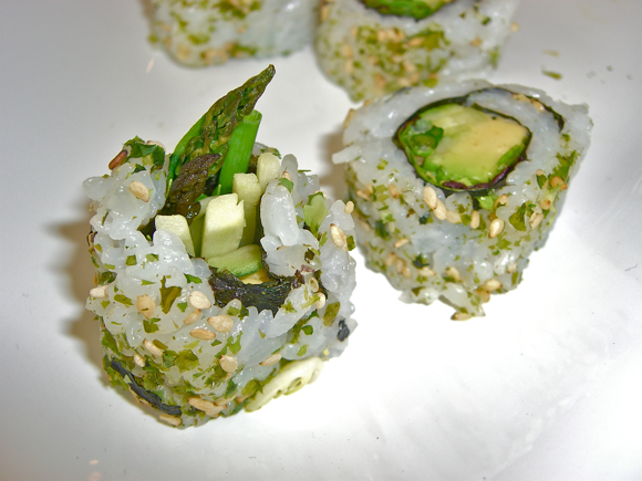 Green Goddess Roll (Vegetarian)