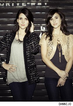Sister jewelry wonders, Danielle and Jodie Snyder