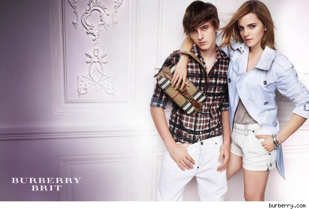 Emma Watson Burberry Photoshop