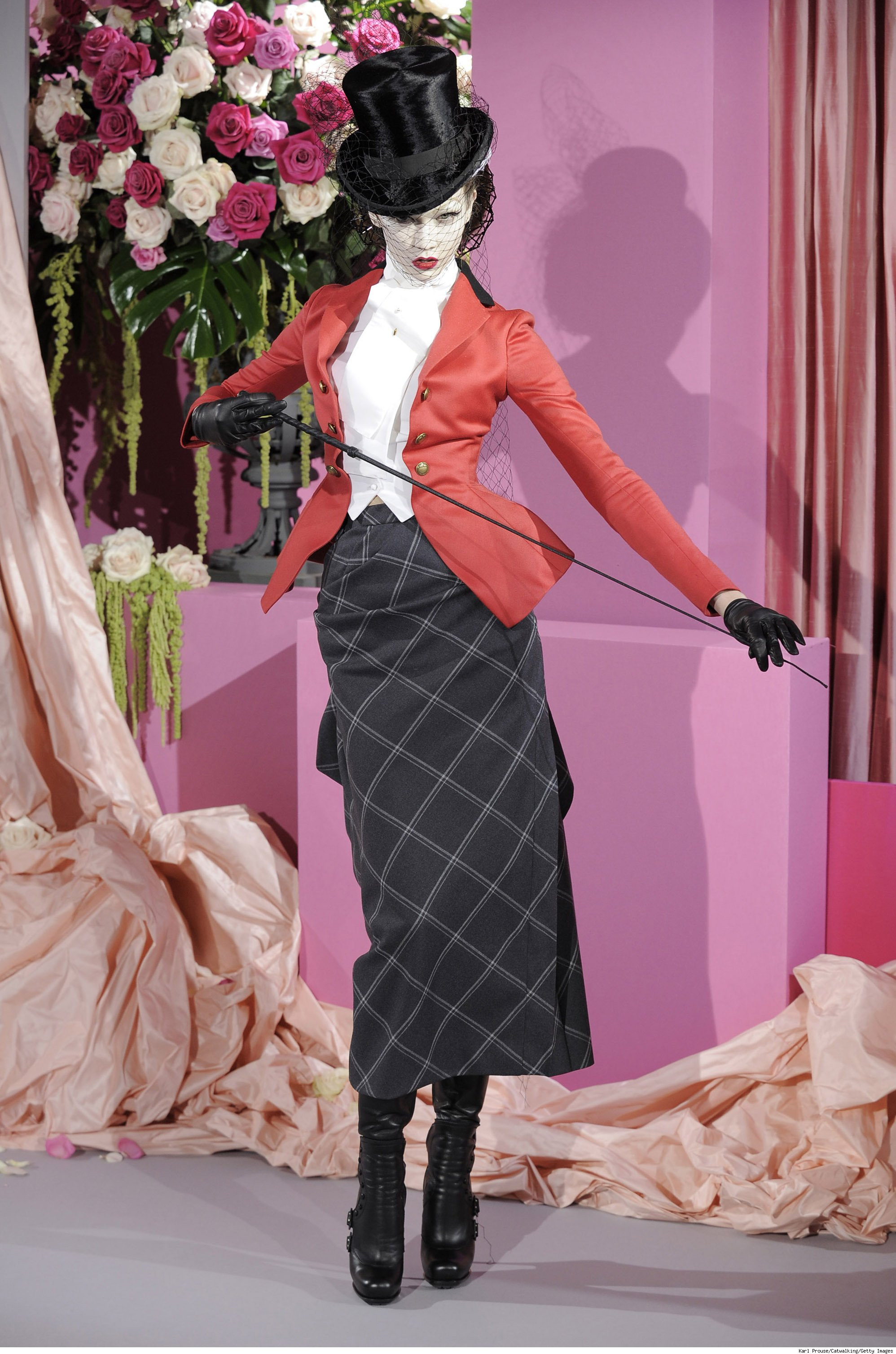 The whimsical fashion project fashion beauty and life for Couture clothing definition