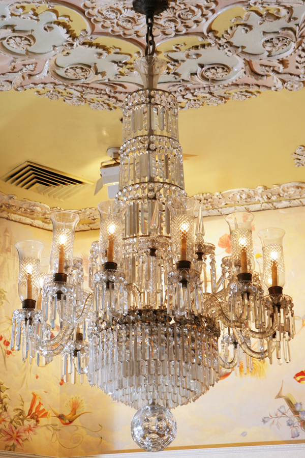 32-Light George III-Style Waterford Chandelier