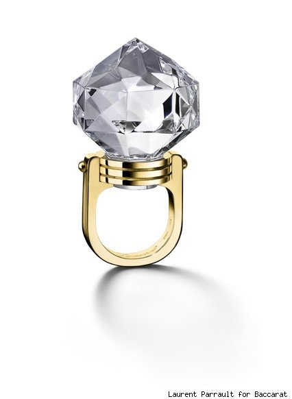 Baccarat's crystal and yellow gold round ring