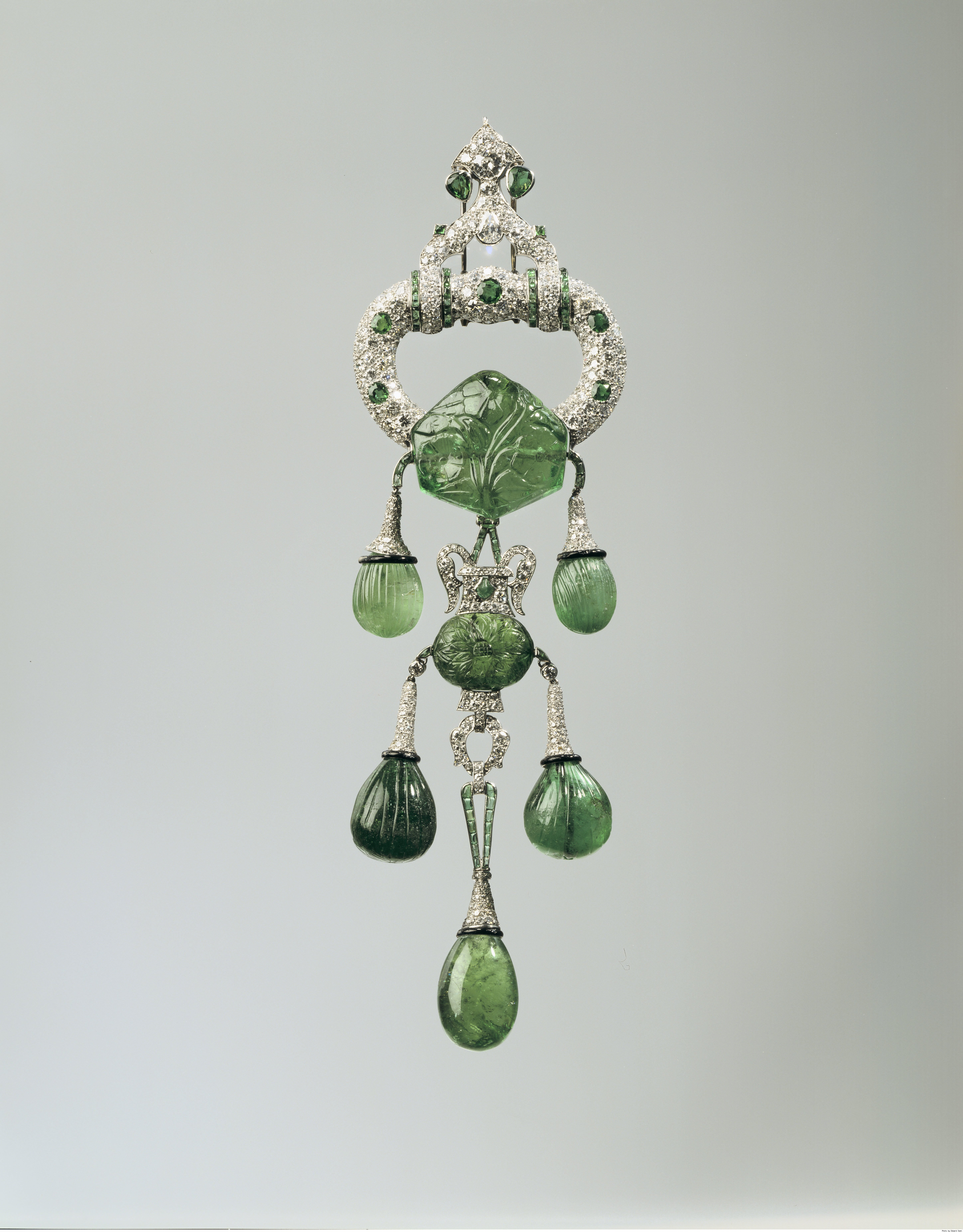 Emerald Pendant Brooch