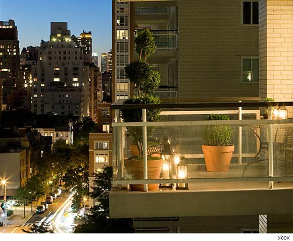 Private residential terrace at Manhattan House